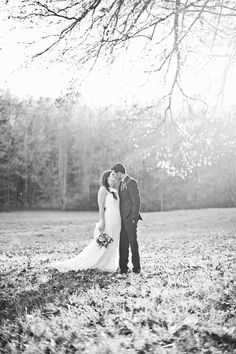 Photography: CWF Photography - www.cwfphotography.org  Read More: http://www.stylemepretty.com/2014/07/22/autumn-wedding-in-the-appalachian-foothills/