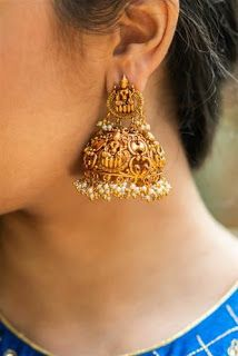 Buy readymade blouse online shopping india has got variety of blouse designs, designer blouses, ready to wear saree blouses. Kerala Jewellery, Saree Jewellery, Fancy Jewellery, Gold Jewellery Design, Bridal Jewellery, Fashion Jewellery, Gold Jhumka Earrings, Indian Jewelry Earrings, Gold Earrings Designs
