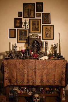 Art, Design. #Shrines, #Altars and #Nichos-Pagan altar