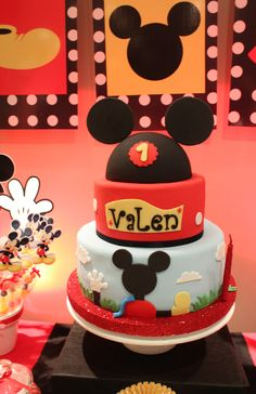 Mickey Mouse Cake by Violeta Glace