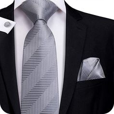 Silk Tie Set Color: Silver Length, Width Matching cufflinks and pocket square Mens Fashion Suits, Mens Suits, Men's Fashion, Mother Of The Groom Gowns, Shirt And Tie Combinations, Stylish Suit, Tie Pattern, Casual Wear For Men, Mens Silk Ties