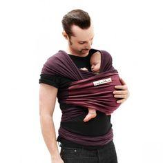 Det anbefales af WHO at bære babyer fra fødslen - helt specifikt har det et materiale om fortidligfødte   læs om at bruge vikle fra fødsel til du ikke orker mere på http://ergokarin.dk/vikle/