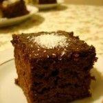 Islak kek ... http://www.pratik-yemektarifleri.com/islak-kek.php