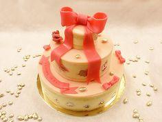 Gâteau Chalala Rose. Pièce montée à commander sur notre site web.