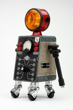 07 467x700 The robot recycle recycled Pitarque robots sculpture various bonuses art