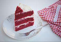 Red velvet- Vörösbársony-torta Eat Dessert First, Sweet Desserts, Winter Food, Tiramisu, Red Velvet, Waffles, Recipies, Goodies, Food And Drink
