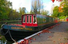 A variety of boat holiday destinations and suggestions for new and experienced narrowboaters alike. Vacation Trips, Dream Vacations, Narrowboat Holidays, Boating Holidays, Boat Hire, Holiday Day, Boat Painting, Canal Boat, Holiday Destinations