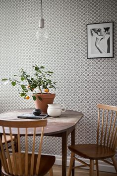 Below are the Scandinavian Dining Room Design Ideas. This article about Scandinavian Dining Room Design Ideas was posted under the category by our team at January 2019 at am. Hope you enjoy it and don't forget to share . Dining Room Design, Dining Area, Dining Rooms, Design Kitchen, Dining Tables, Room Inspiration, Interior Inspiration, Kitchen Wallpaper, Backsplash Wallpaper