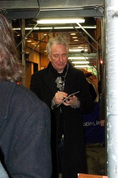 Alan Rickman Seminar Stage Door Jan 24 2012 4 | Signing the … | Flickr
