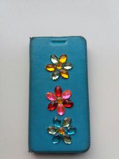 Kukkaiset  puhelimen kuoret
