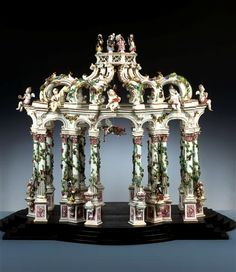 A porcelain table sculpture, Germany, ca. 1750 dresden