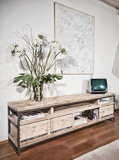 porta tv da soggiorno industrila design fatto a mano in italia