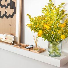 hygee home interiors Ideas Recibidor, Entrada Ikea, Hygge Home Interiors, Floating Nightstand, Entryway Decor, Ideas Para, Buenas Ideas, New Homes, House Design