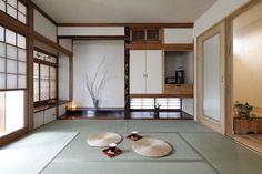 1 Modern Japanese Interior, Traditional Japanese House, Japanese Interior Design, Japanese Home Decor, Japanese Modern, Asian Home Decor, Traditional Decor, Japan Interior, Japanese Bedroom