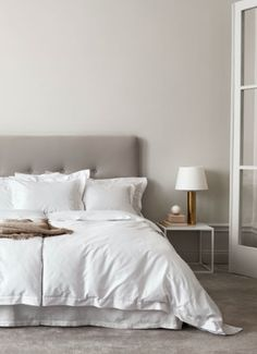H&M Home offer a large selection of top quality interior design and decorations. Find the right accessories for your home online or in-store. Bed Linen Design, Bed Design, Hm Home, Luxurious Bedrooms, Home Collections, Bedding Collections, Home Decor Bedroom, Decor Interior Design, Luxury Bedding