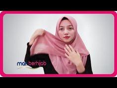 10 MODEL GAYA CARA MEMAKAI HIJAB SEGI EMPAT SIMPLE CANTIK TANPA RIBET ⚘ LIFESTYLE MARI BERHIJAB - YouTube Simple Hijab Tutorial, Hijab Fashion, Dan, Hijab Styles, Youtube, Islamic, Shawl, Model