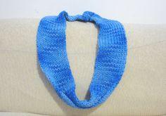 Blue infinity hand knit scarf. Unisex chunky scarf by RamixBijoux, €30.00
