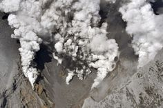 Japanese Volcano Violently Erupts, Sending Hikers Racing To Safety - Geology, Earth and Environmental Science