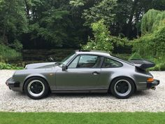 PORSCHE 911 3.2 Carrera Coupe