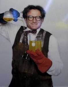 Robin Williams as Professor Phillip Brainard