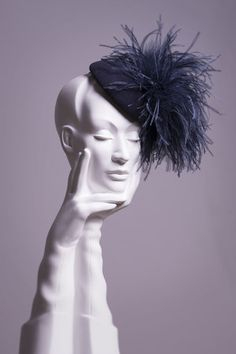 William Chambers is a leading British milliner based in Glasgow, Scotland. He creates hats for weddings, races and other special events and is stocked in the UK's top department stores and his own Glasgow store. Flapper Headpiece, Fascinator Hats, Headdress, Fascinators, Headpieces, Katherine Elizabeth, Costume Hats, Feather Hat, Millinery Hats
