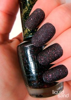 Black and Red Liquid Sand Nails