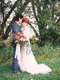 Blooming Wedding Inspiration - photo by Milton Photography http://ruffledblog.com/blooming-wedding-inspiration