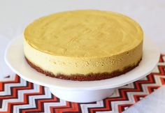 gluten free vegan pumpkin cheesecake. creamy, dreamy, delicious!