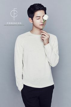 Song Joong Ki presents a clean and honest image for Forencos environmental cosmetics