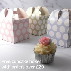 Free polka dot cupcake boxes with orders over £20 Polka Dot Cupcakes, Fun Cupcakes, Wedding Cupcakes, Afternoon Tea At Home, Afternoon Tea Recipes, Cupcake Gift, Cupcake Boxes, Party Treats, Party Gifts