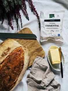 Kuusamon mustaleima emmental ja hapanjuurileipä ovat täydellinen pari! Camembert Cheese, Dairy, Food, Essen, Meals, Yemek, Eten