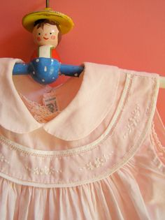 darling, 2 piece, soft pink dress is sleeveless, made for Feltman Brothers Vintage Kids Clothes, Sewing Kids Clothes, Baby Sewing, Vintage Outfits, Baby Summer Dresses, Little Dresses, Baby Dress, Smocking Baby, Smocked Baby Clothes