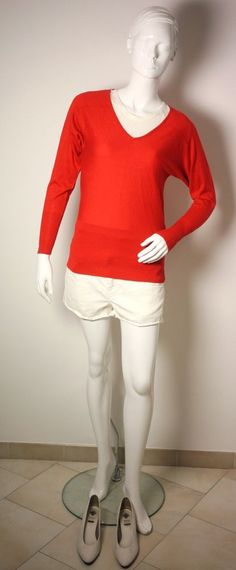 REISS RED SWEATER TOP-CREEKS WHITE SHORTS-UTh WHITE TOP-ST.MICHAELS WHITE SHOES #Reiss #Sweater #AnyOccasion