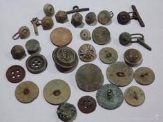 buen lote de 27 antiguos botones o gemelos - Foto 1