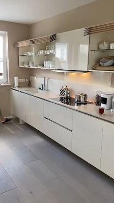 Kitchen Cupboard Designs, Kitchen Room Design, Interior Design Kitchen, L Shaped Kitchen Interior, Kitchen Wardrobe Design, Kitchen Modular, Modern Kitchen Cabinets, High Gloss Kitchen Cabinets, Ikea Metod Kitchen
