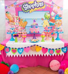 Shopkins 🍓💖 amei, inspiração incrível para esse tema que eu amooo! Here's one of my favorite Shopkins birthday parties added to our site! ❤️✨❤️✨❤️✨ It's from 💄👛🎂To see all 37 party photos, click our bio link! Fete Shopkins, Shopkins Bday, Shopkins Cake, Shopkins 7th Birthday Party, Shopkins Party Ideas, Colorful Birthday Party, 6th Birthday Parties, Girl Birthday, Birthday Ideas
