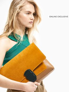 Women´s Bags & Purses at Massimo Dutti online. Enter now and view our autumn Spring summer 2017 Bags & Purses collection. Effortless elegance!