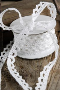 Lace Ribbon .5in White