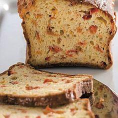 Φανταστικά αλμυρά κέικ με γαλοπούλα, τυρί, πιπεριές ή ντοματίνια έρχονται να κλέψουν τις εντυπώσεις στο οικογενειακό τραπέζι.