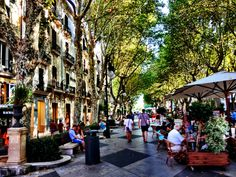 Palma de Mallorca, Spain....our shopping day with the hubby and my sis ♥.... GREAT memories