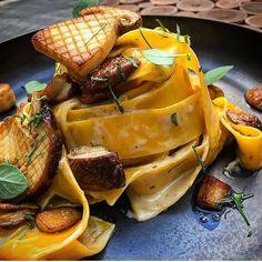 Pappardelle porcini by @chefzanoni_simone #rollwithus #chefsroll