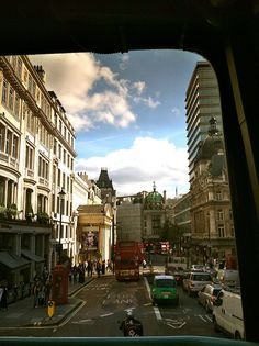 cruisin' london on the double decker bus