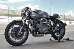 Moto Guzzi racer by Axel Budde - this guy knows Guzzi - just beautiful