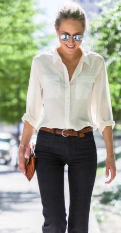 45 Adorable Chic Womens White Shirts Outfits Ideas For Spring And Summer Preppy Fall Outfits, White Shirt Outfits, Oversized Sweater Outfit, Sweater Outfits, Spring Outfits, Casual Outfits, Super Moda, Mode Simple, White Shirts Women