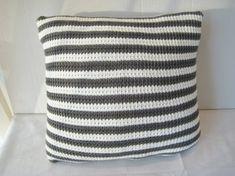 Pute i hakking Throw Pillows, Toss Pillows, Cushions, Decorative Pillows, Decor Pillows, Scatter Cushions