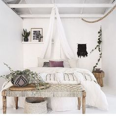 Bohemian Heaven {Fresh Boho Chic Home Decor Inspiration}