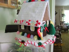 Gingerbread house in Crochet