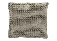 Stoer grijs kussen met aan de voorzijde een gevlochten structuur. 100% katoen, 50x50 cm, inclusief binnenkussen.