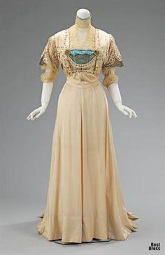 Платье 19 века фото женщин