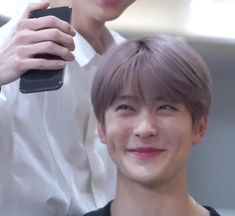 He legit the cutest Taeyong, Nct 127, Nct Life, Funny Kpop Memes, Valentines For Boys, Jung Jaehyun, Jaehyun Nct, Day6, Meme Faces